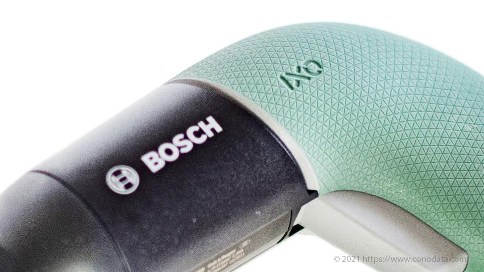 BOSCH(ボッシュ) /IXO6に刻まれたボッシュのロゴマークをアップにした画像